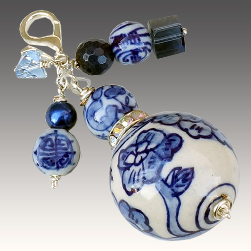 Aurora Necklace Pendant Painted Large Blue Bead JN2196