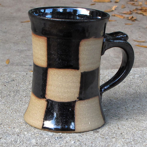 Batton Checkered Mug RAP7