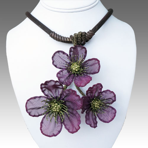 Cavender Necklace Cherry Blossom Cluster JN1549