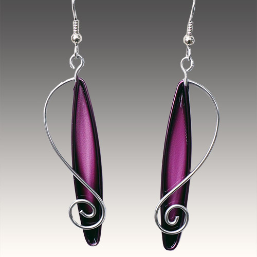 Christopher Royal Steel & Resin Teardrop ERs JE3213 SOLD
