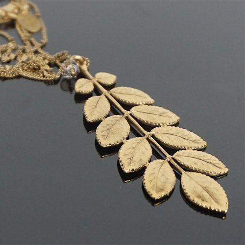 Clément Djossou Necklace Leaves Gold JN2256