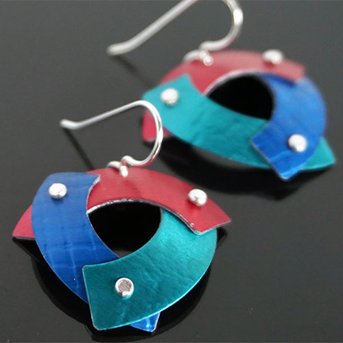Hsu Trekant Earrings JE3946 SOLD
