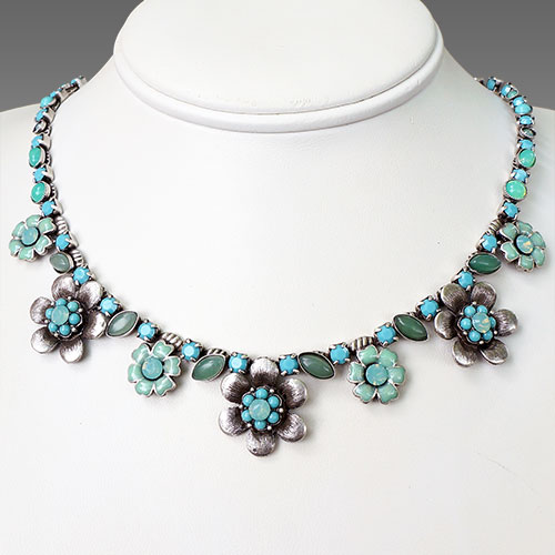 La Contessa Flower Power Necklace JN1650 SOLD