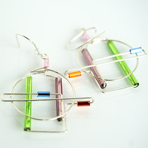 Levy Barb Wire Surya Earrings JE3800