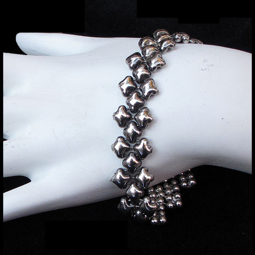 "Liquid Metal Antique Silver .5"" Bubbles Bracelet JB367"