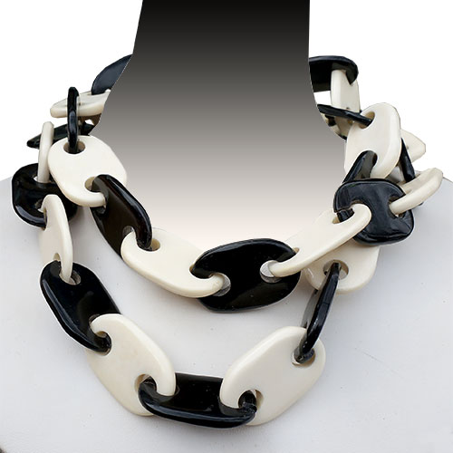 MooMoo Necklace Horn & Bone Links JN1826
