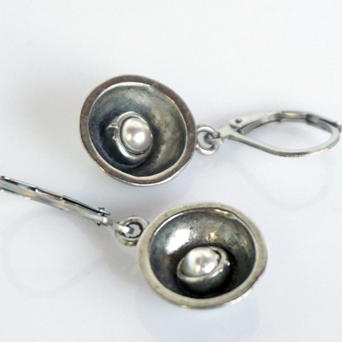 Osmose Pocket Earring Pearl JE3687 SOLD