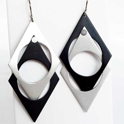 Q3 Art Escher Earrings JE3841