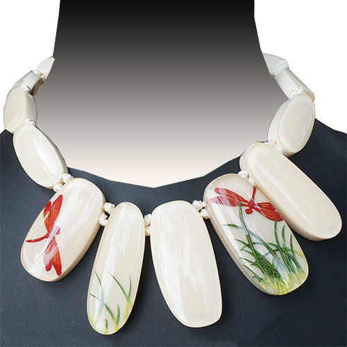 Zsiska Fragile White 15 Bead Necklace JN1946