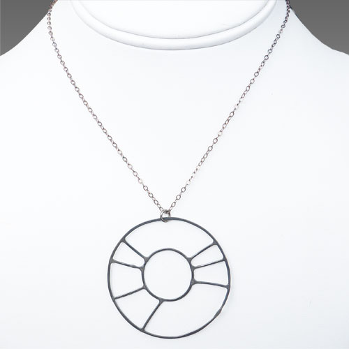 de Soria Necklace Silver Wagon Wheel JN1534
